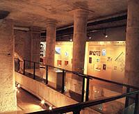 'Tránsitos de la imagen' ofrece 12 obras ejecutadas mediante transferencias.
