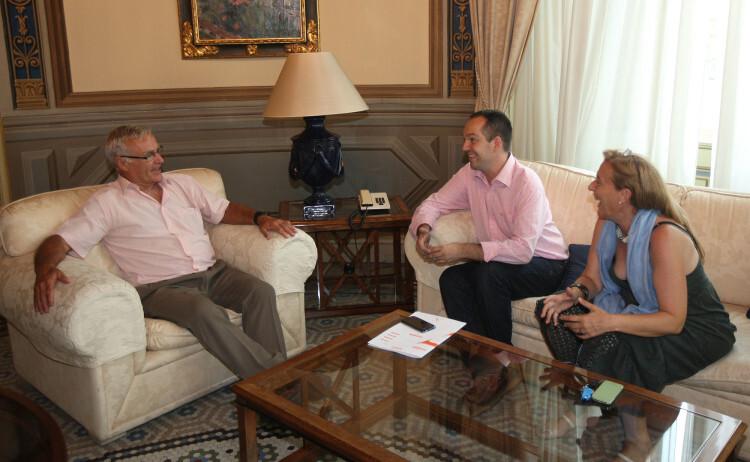 Joan Ribó, reunido con el alcalde de Aldaia, Guillermo Luján.