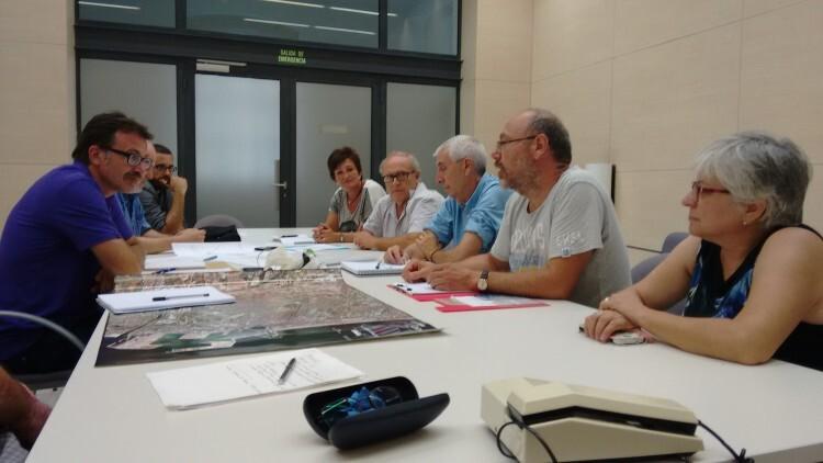 Encuentro de Jordi Peris con vecinos de Benimaclet.