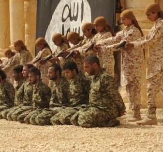 25 soldados sirios supuestamente asesinados  por disparos de jóvenes en Palmira - @Sabarzi