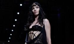 Alta Costura de París a través de la cuenta Versace en Instagram (1)