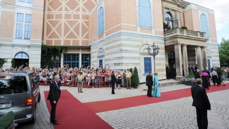 Angela Merkel, se desmayó en un entreacto de la ópera (3)