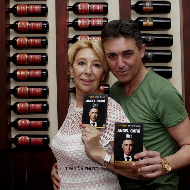 Carol Ros y Garó en el Restaurante Taplà. (Foto-R.Fariña-VLCNoticias).