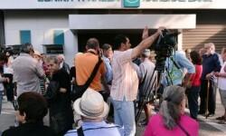 Día clave para Grecia con la reapertura de los bancos y la subida del IVA