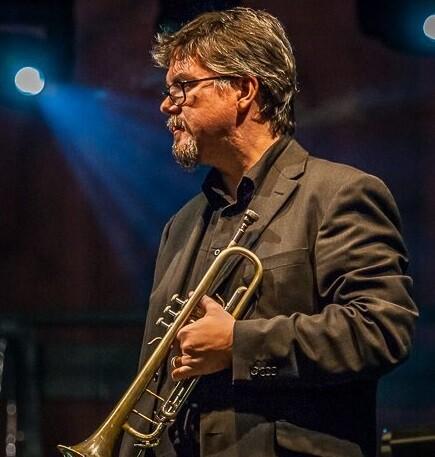 David Pastor fusiona diversas raíces jazzísticas.