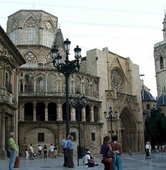 El centro histórico de Valencia es uno de los sitios más visitados por el turismo.