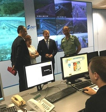 El delegado del Gobierno de la Comunitat Valenciana, Juan Carlos Moragues, durante su visita a la DGT.