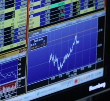 """El euro """"reacciona cada vez menos a los vaivenes griegos estas últimas semanas""""."""