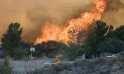El incendio forestal que mantiene alerta a California (10)