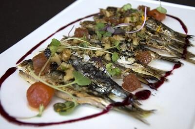 El pescado fresco  y de primera calidad ofrecen la garantía de platos únicos y apetitosos.