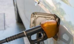 El precio de la gasolina y del gasóleo baja del 1 por ciento en la última semana