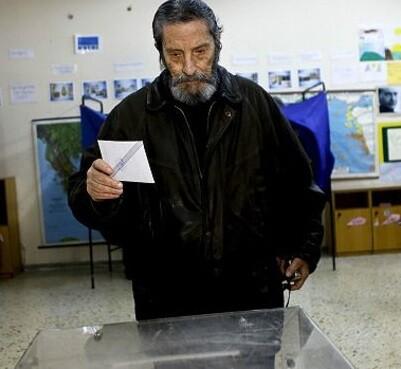 El pueblo giegro tiene en sus manos y en sus votos el decidir su futuro económico.