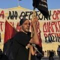 Huelga general en Grecia cuando el Parlamento vota para el acuerdo con el Eurogrupo