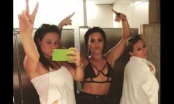 Las fotos de Demi Lovato sorprendiendo con un revelador atuendo (1)