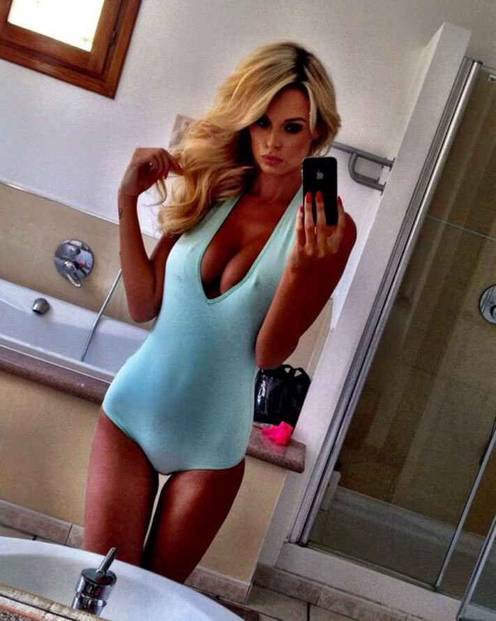 Las mejores selfies de Rhian Sugden (11)