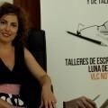 Montse Espinar durante su visita a Valencia Noticias y a la inciativa 'Libro, vuela libre'.