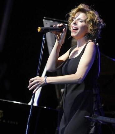 Sole Giménez, en una de sus actuaciones, también estará presente en el festival.