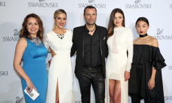 WATTENS, AUSTRIA - JULY 02: Nathalie Colin, Swarovski Creative Director & EVP, Giovanna Ewbank, Local Ambassador Brazil, Robert Buchbauer, Swarovski Executive Board Member, Miranda Kerr, Margaret Zhang during the Swarovski new collection launch event on July 2, 2015 in Wattens, Austria. (Photo by Gisela Schober/Getty Images for Swarovski)