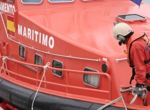 Uno de los tripulantes de Salvamento Marítimo.