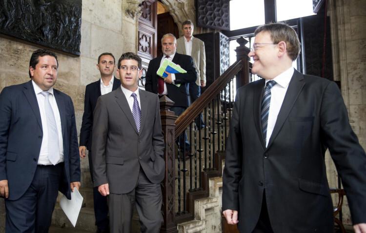 Ximo Puig se reúne con presidentes Diputaciones foto_Abulaila (1)