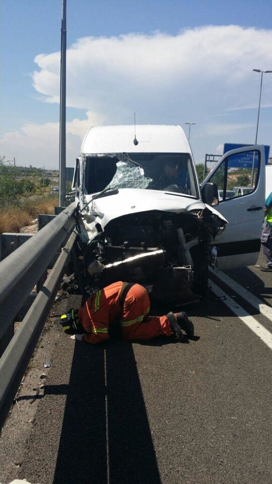 accidente-paterna-02