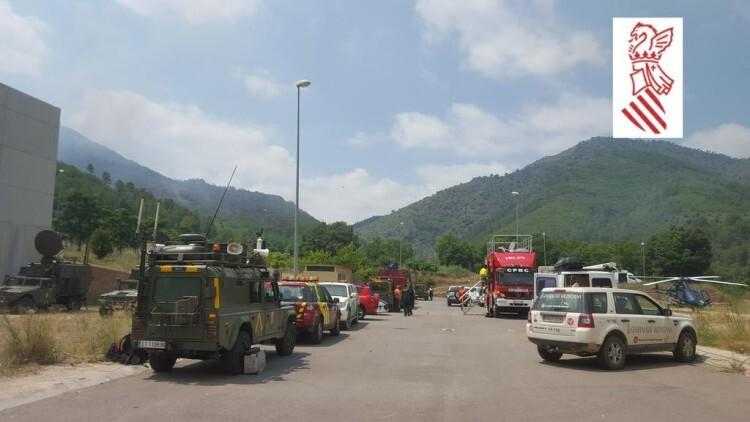 Efectivos desplegados en la zona del Incendio de Montán. Foto: GVA 112