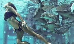 las gurús de la moda que arrasan en internet con sus fotos en bikini (3)