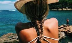 las gurús de la moda que arrasan en internet con sus fotos en bikini (6)