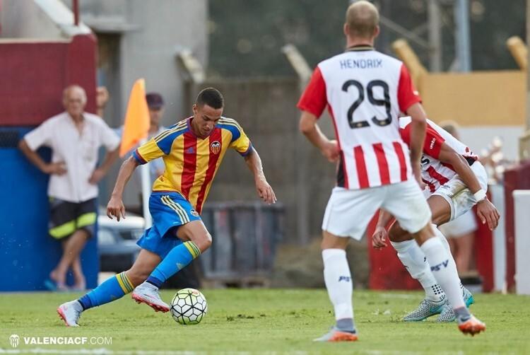Rodrigo fue un estilete que puso en jaque a la defensa del PSV. Foto: Lázaro de la Peña / VCF