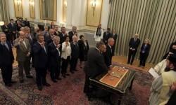 Juramento del nuevo gabinete que gobernará Grecia hasta la celebración de los comicios el 20 de septiembre