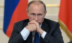 En meses recientes, políticos rusos incluyendo al presidente Putin han afirmado que EE.UU. busca debilitar y desmantelar a Rusia para asegurar su propia supremacía.