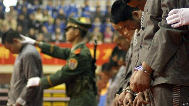 Durante años las autoridades chinas le quitaban los órganos a los prisioneros ejecutados para ayudar a satisfacer la demanda de trasplantes.