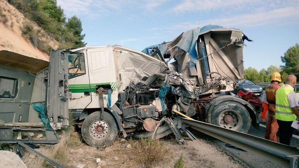 Accidente de tráfico Vilagordo del Cabriel (3)