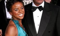 Freeman junto a E'Dena Hines