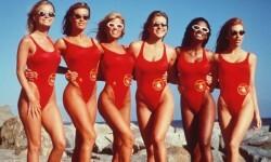 Cómo están hoy las diosas de Baywatch vigilantes de la playa (1)
