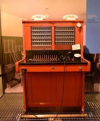 Centralita telefónica manual de 1935.