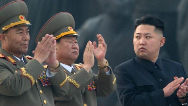 Corea del Norte Kim Jong-un ordena a sus tropas de la frontera estar listas para el combate