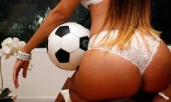 Dani Manga, la ex de Ronaldinho que enloquece a Brasil  (1)