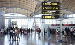 El aeropuerto de Alicante vive un record histórico de pasajeros.
