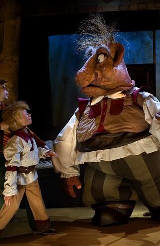 El teatro infantil del SARC propone cuentos en verso, cuentos cantados, cuentos con ilustrador en vivo, títeres traviesos y cuentos para bailar.