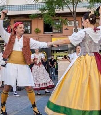 Es uno de los grupos  más antiguos y  más  grandes del panorama valenciano.