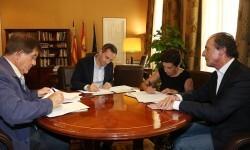 Firma de convenios con  Cruz roja y ADACEA.