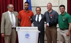 Francia homenajea a los héroes del tren Evitaron una verdadera matanza