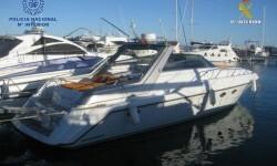 Interceptado en alta mar un grupo de butroneros que regresaba en lancha a Ibiza (1)