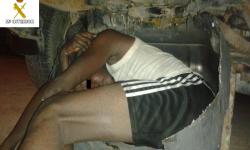 La Guardia Civil rescata a tres inmigrantes en una situación límite en Melilla (2)