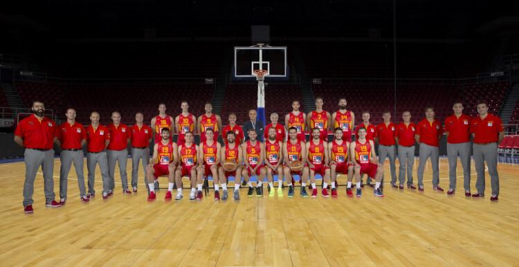 La Selección  española vasket pondrá este lunes rumbo a Gijón, donde el martes arrancará la Ruta Ñ 2015