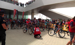 La Vuelta ciclista a España Fotos de la salida desde Valencia (15)