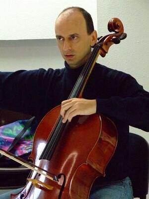 Lagoba Fanlo violonchelista.
