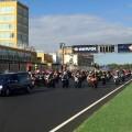 Más de 500 motos acompañan a Bernat Martínez en su última vuelta a la pista del Circuit #PerSempreBernat76 2