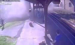 Nueva York un niño hizo chocar un tren contra una estación
